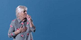 nenek batuk