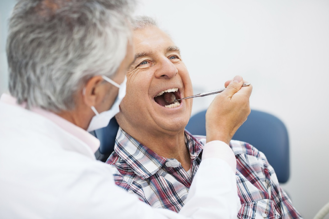 Cek Kesehatan Gigi dan Mulut