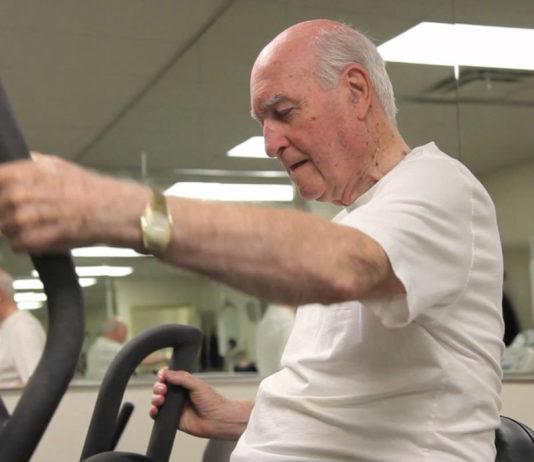 olahraga lansia